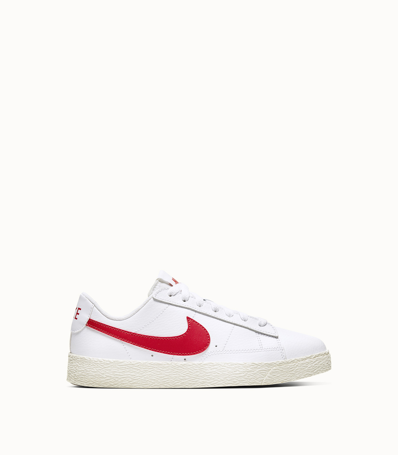 BLAZER LOW (GS) SNEAKERS COLOR WHITE